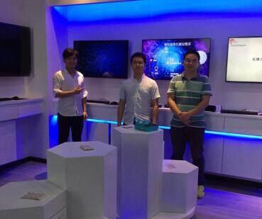 武汉虹识与快马仕科技签署区域市场合作协议